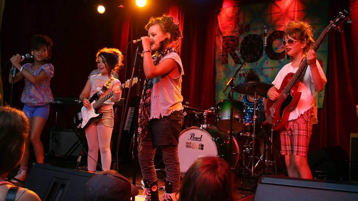 Un camp rock pour les filles à la YWCA | 14 mai 2018 | Article par Céline Fabriès