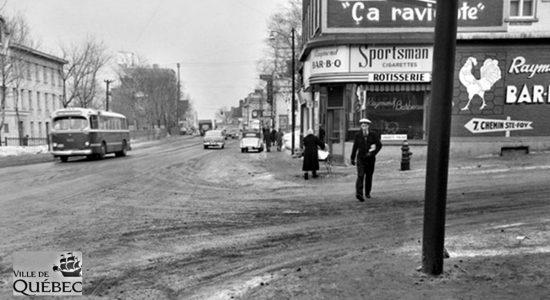 Montcalm dans les années 1950 : la rôtisserie Raymond Bar-B-Q - Jean Cazes
