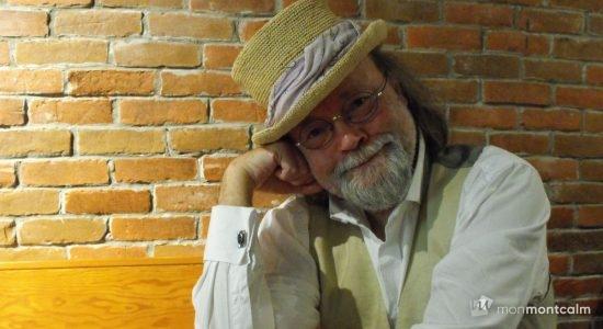 Près de chez vous : Romain, musicien de rue - Laurence Déry