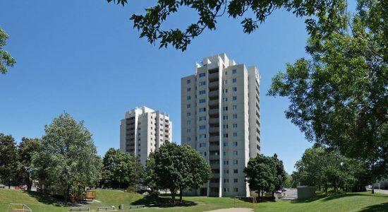 Architecture moderne de Québec : à la recherche d'archives - Jean Cazes