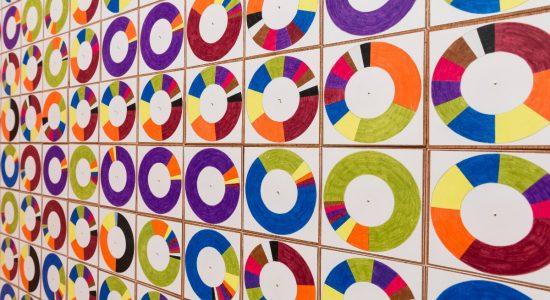 Vues des salles de l'exposition : COZIC. À vous de jouer. De 1967 à aujourd'hui