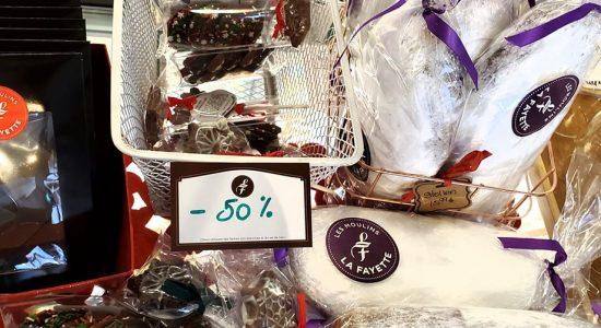 50% de rabais sur nos bûches, Stollens et chocolats de Noël | Moulins La Fayette (Les)