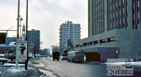 Montcalm dans les années 1970 : le Deux Cent et l'ancien garage Bérubé - Jean Cazes