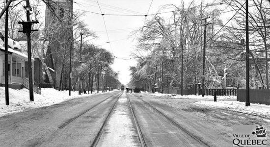 Montcalm dans les années 1940 : une Grande Allée verglacée - Jean Cazes