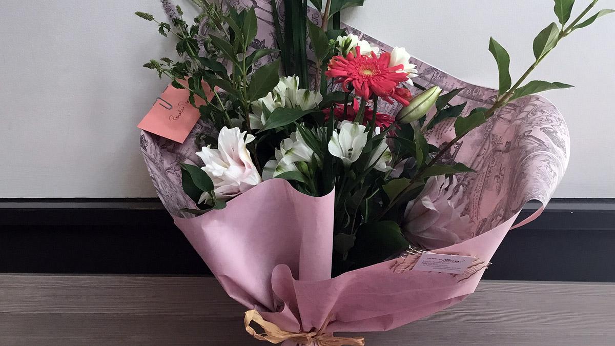 Sélection de fleurs   Halles en fleurs (Les)