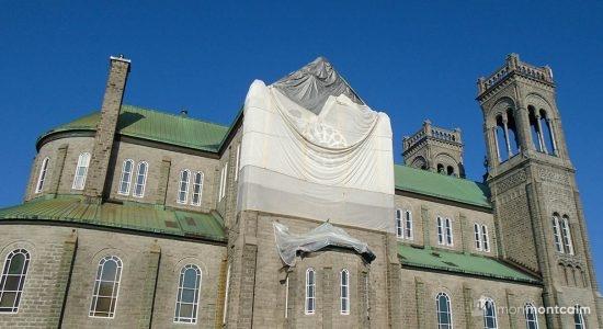 Église Très-Saint-Sacrement : deux scénarios à l'étude - Viviane Asselin
