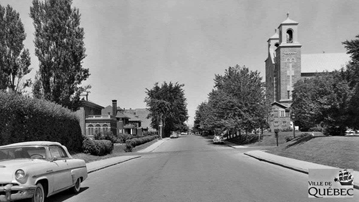 Montcalm dans les années 1960 : rue Père-Marquette et église des Saints-Martyrs-Canadiens | 27 octobre 2018 | Article par Jean Cazes