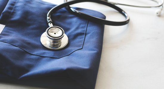 Médecins de famille : des départs à la retraite qui inquiètent - Catherine Breton