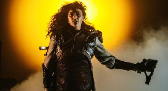 Courez voir Antigone (au plus sacrant!) - Émile Vigneault