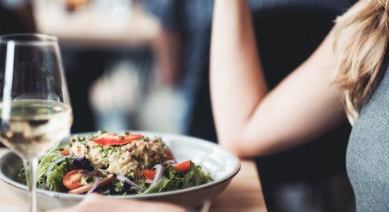 Nouveauté : Salade de crabe et pomme verte | Piazzetta Cartier (La)