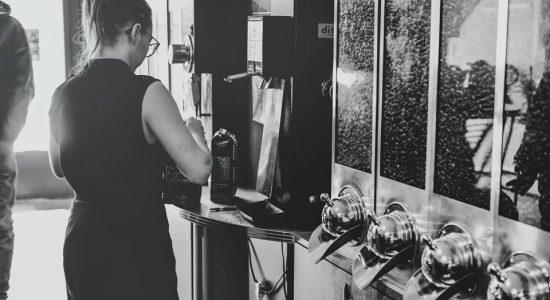 Un café gratuit avec tout achat de 250 grammes de café en vrac | Café Castelo Maison de torréfaction