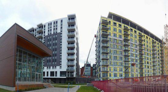 La Klé, phases 1 et 2 (blocs C et A - appartements locatifs). À droite, un jardin communautaire verra le jour en 2020.