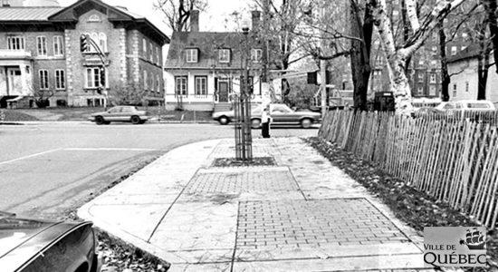 Montcalm dans les années 1980 : coin Cartier et Grande Allée - Jean Cazes