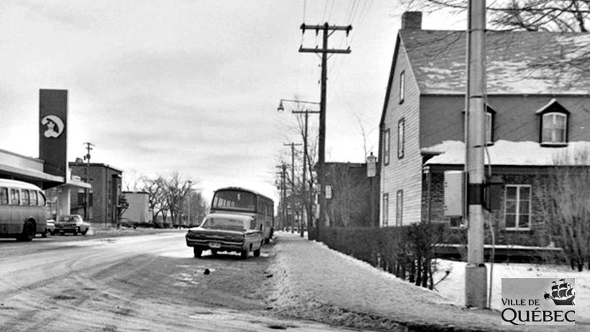 Saint-Sacrement dans les années 1960 : coin Belvédère et Saint-Cyrille | 23 février 2020 | Article par Jean Cazes