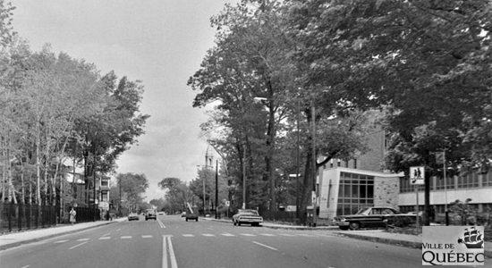Montcalm dans les années 1960 : intersection chemin Sainte-Foy – avenue Brown - Jean Cazes
