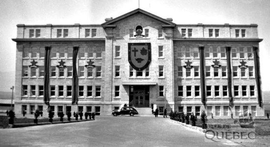 Saint-Sacrement dans les années 1940 : l'École des mines de l'Université Laval - Jean Cazes