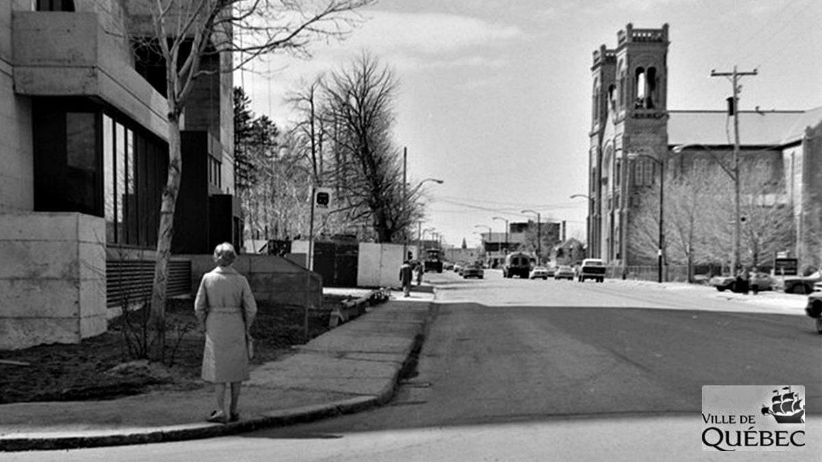Saint-Sacrement dans les années 1970 : le chemin Sainte-Foy au voisinage du Samuel-Holland | 6 décembre 2020 | Article par Jean Cazes