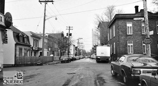Montcalm dans les années 1970 : intersection rue Crémazie et avenue Bourlamaque - Jean Cazes