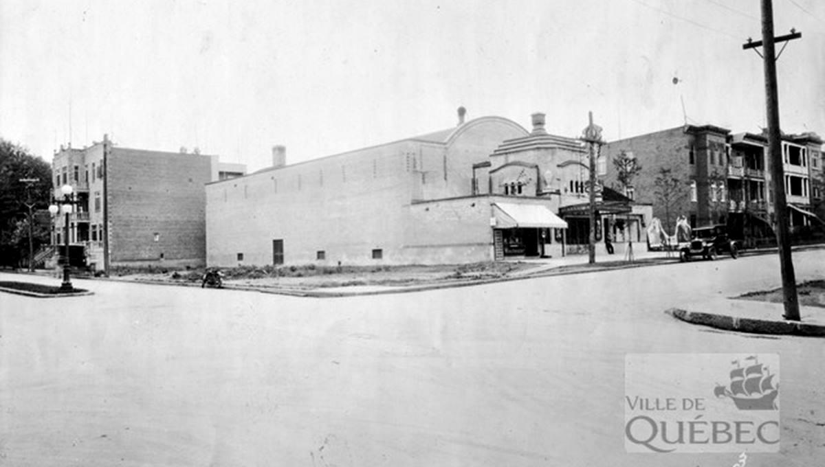 Le Cinéma Cartier en 1928.