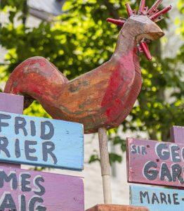 Sculpture de coq par Patrick Lavallée dans le Jardin d'Halloween des plaines d'Abraham